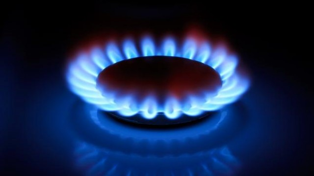 http://www.zacks.com/stock/news/439128/natural-gas-prices-rise-as-investors-shrug-off-supply-data