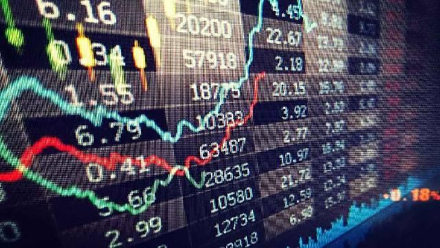 http://www.gurufocus.com/news/1012194/6-guru-stocks-beating-the-market