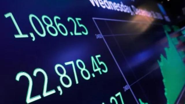 http://www.zacks.com/stock/news/678281/7-stocks-to-ride-the-millennial-spending-wave