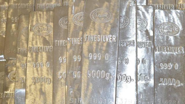https://seekingalpha.com/article/4293951-lots-volatility-silver-market