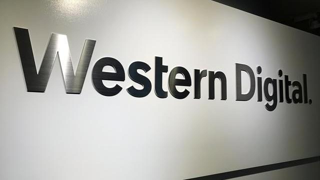 Western Digital announces CEO succession plan, signals lean second-quarter