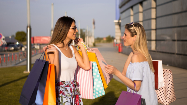https://www.investopedia.com/investing/cosmetics-stocks/