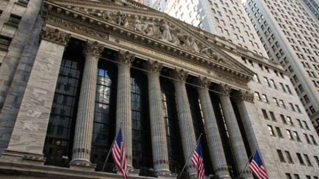 https://www.benzinga.com/markets/cryptocurrency/19/11/14789787/interactive-brokers-takes-aim-at-free-trading-tech-innovation-new-assets