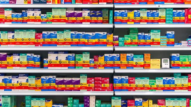 http://www.zacks.com/stock/news/602246/karyopharm-therapeutics-kpti-reports-q3-loss-tops-revenue-estimates