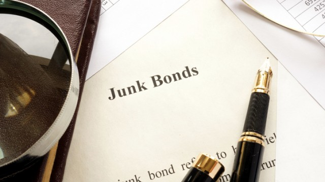 https://www.etftrends.com/multi-asset-channel/be-careful-with-this-junk-bond-etf/