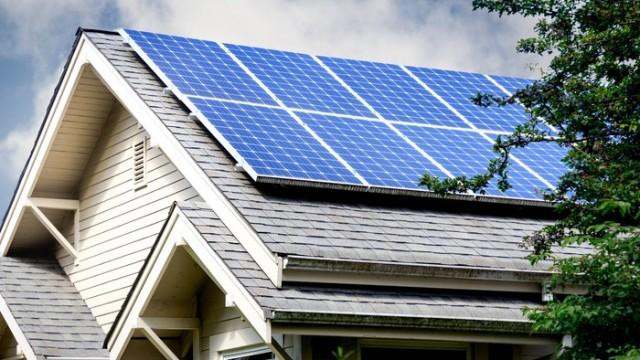 https://www.fool.com/investing/2019/11/22/1-huge-problem-for-residential-solar-stocks.aspx