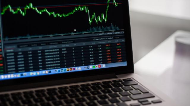 Should Value Investors Buy Allstate (ALL) Stock?