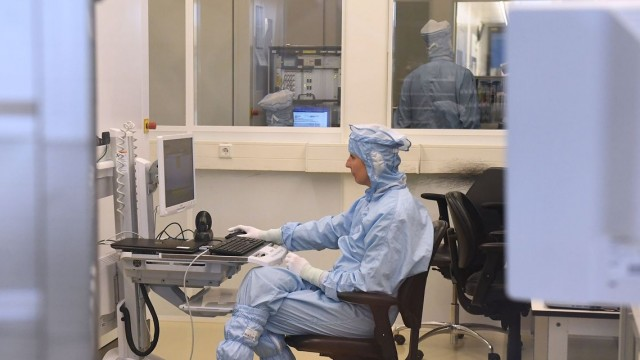 Microchip equipment maker ASML says materials shortage and logistics issues to weigh on fourth-quarter revenue