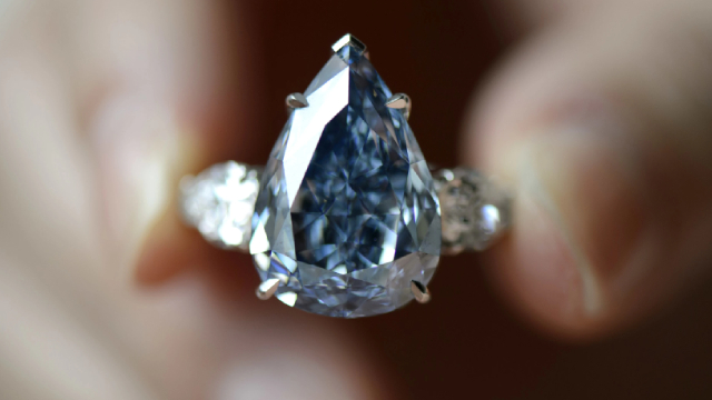 Signet Jewelers: Do Not Get Caught Up In The Euphoria