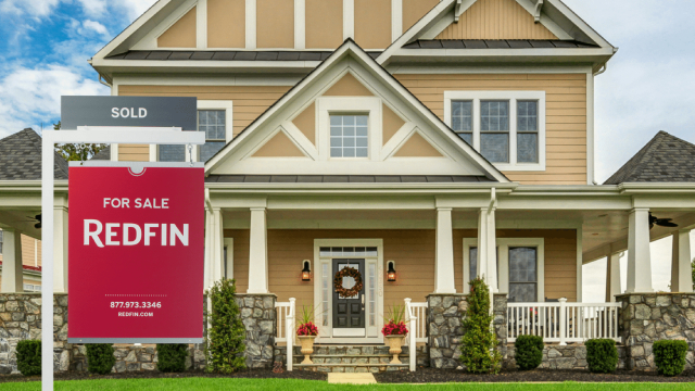 https://seekingalpha.com/article/4313338-redfin-is-going-to-post-surprise-profit-in-2020-and-onward