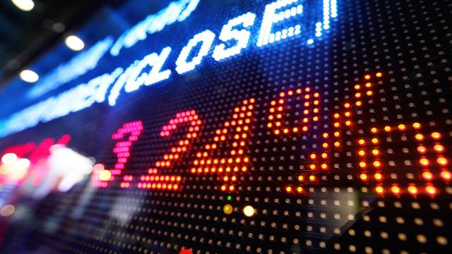 http://www.zacks.com/stock/news/419236/intensifying-trade-woes-trigger-rally-in-treasury-etfs
