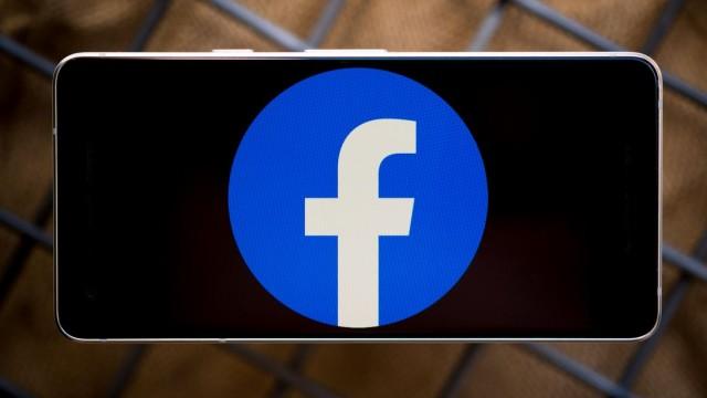 https://www.cnet.com/news/payroll-data-of-29000-facebook-employees-reportedly-stolen/