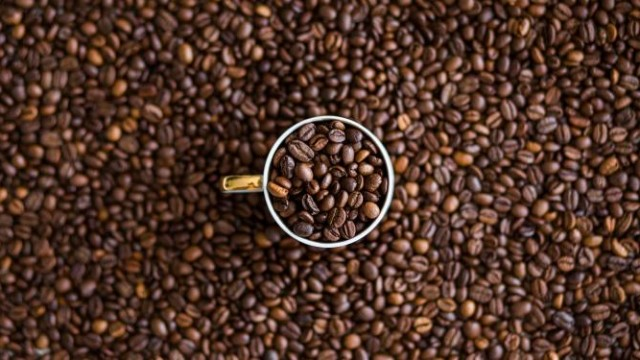 https://seekingalpha.com/article/4312389-coffee-holding-co-turnaround-time-is-near