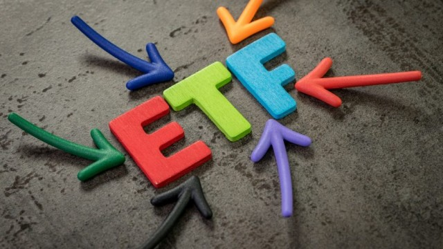 https://www.etftrends.com/etf-strategist-channel/bond-etf-inflows-grew-at-a-rapid-pace-in-september/