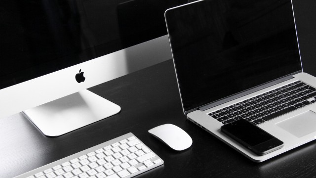 Apple expected to unveil more powerful Mac - report