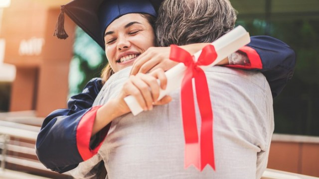 https://www.fool.com/investing/2019/12/10/3-stocks-that-could-help-send-your-kids-to-college.aspx