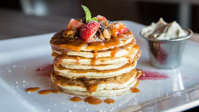 http://www.zacks.com/stock/news/608159/carrols-restaurant-group-tast-reports-q3-loss-tops-revenue-estimates