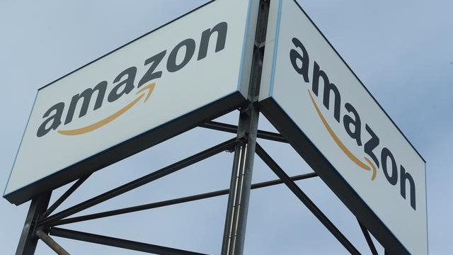 Amazon's 2021 sales will be 'materially better than expected': Analyst says on buy rating