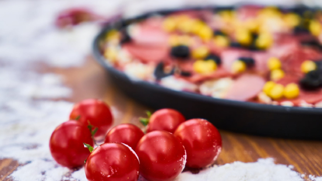 http://www.zacks.com/stock/news/629026/is-it-time-to-look-beyond-yum-brands-4-top-restaurant-picks