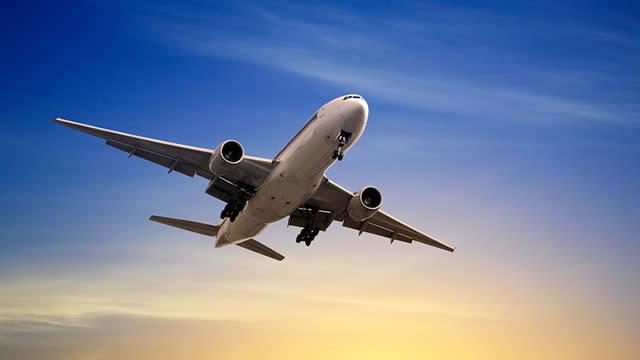 Why Do JetBlue's Margins Lag Southwest's Despite Its Higher Average Ticket Price?
