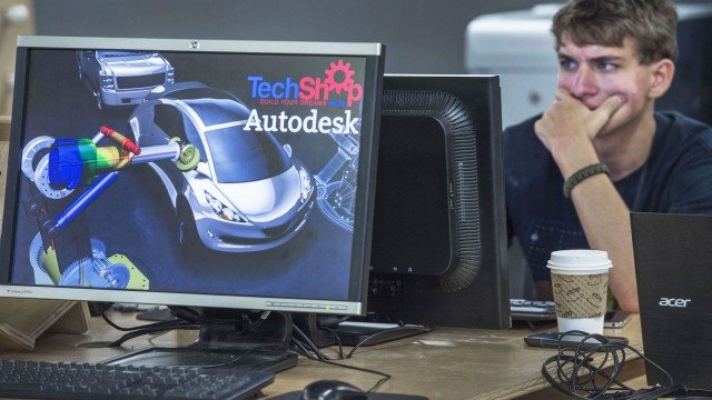 https://seekingalpha.com/article/4311210-autodesk-why-i-own-shares