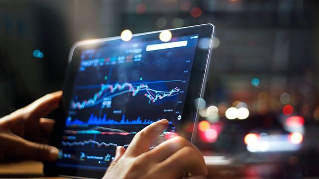 http://www.zacks.com/stock/news/699056/4-insurance-stocks-for-your-investment-portfolio-in-2020
