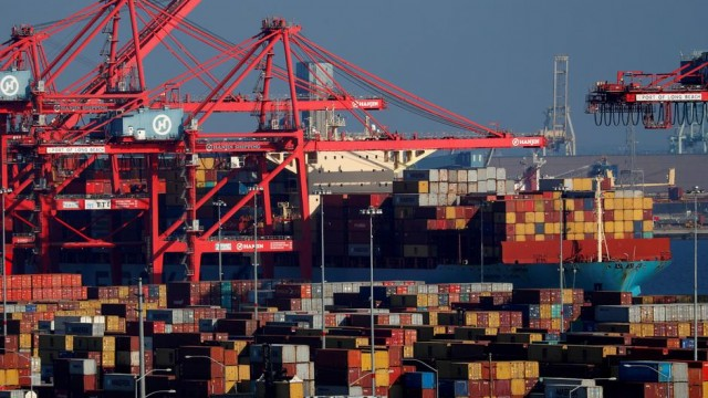 U.S. trade deficit jumps to record high in June on strong import growth