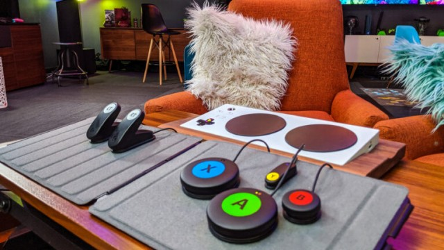 https://www.geekwire.com/2019/logitech-teams-microsoft-new-low-cost-xbox-adaptive-controller-accessory-kit/