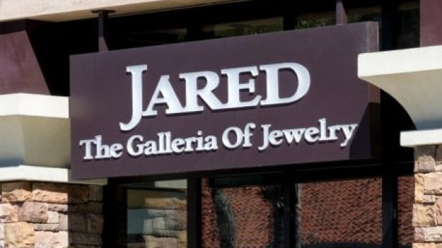 Signet Jewelers Revenues Nearly Double As Same-Store Sales Surge