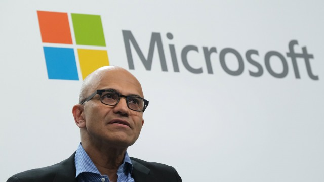 Microsoft will require vaccinations for U.S. workers, vendors and office visitors