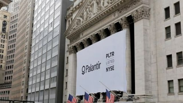 Palantir Stock Should Rise 57% to $34