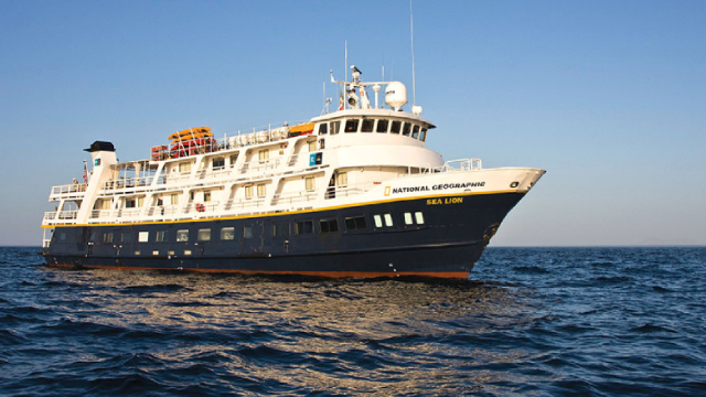 Moving Average Crossover Alert: Lindblad Expeditions