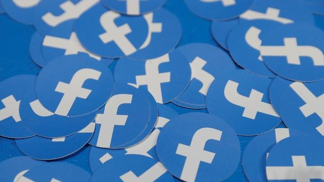 Facebook adds Instagram data to content moderation transparency report