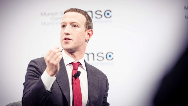 Facebook to require all U.S. on-campus employees to wear masks