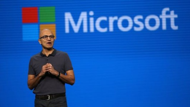 Microsoft and 7 Other Top Tech Stocks Analysts Want You to Buy Now