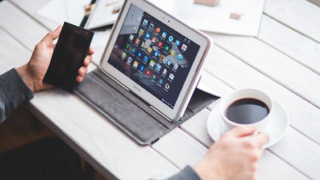https://seekingalpha.com/article/4312548-akamai-tale-of-two-businesses