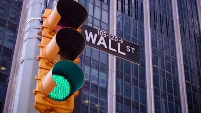 Wall Street enjoys banner Friday despite retail sales disappointment
