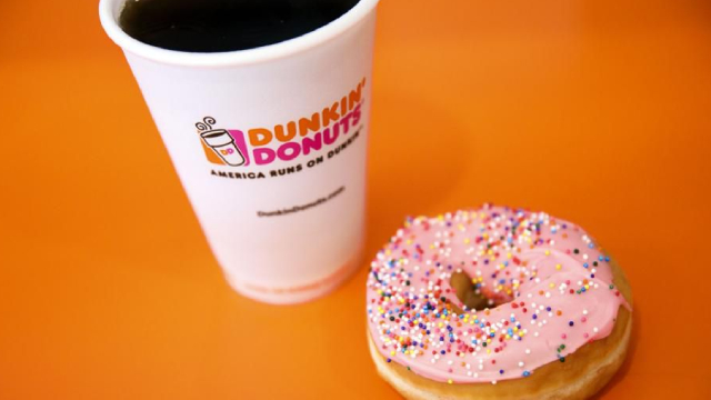https://www.forbes.com/sites/greatspeculations/2019/12/13/is-dunkin-donuts-us-segment-40-50-or-60-of-dunkin-brands-total-revenue/