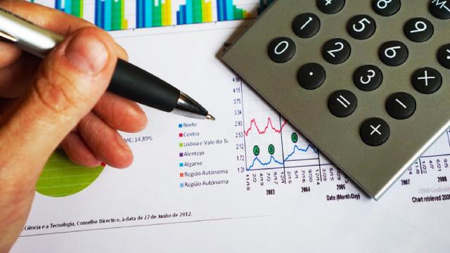 http://www.zacks.com/stock/news/628887/oaktree-strategic-income-ocsi-q4-earnings-and-revenues-lag-estimates