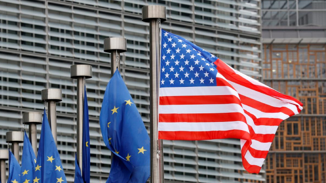 http://www.zacks.com/stock/news/437015/us-threatens-more-tariffs-on-eu-goods-5-big-gainers