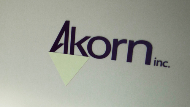 https://seekingalpha.com/article/4313114-akorn-warns-of-possible-bankruptcy-filing