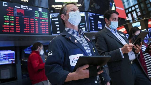 US stocks trending slightly higher hours before Thursday's opening bell