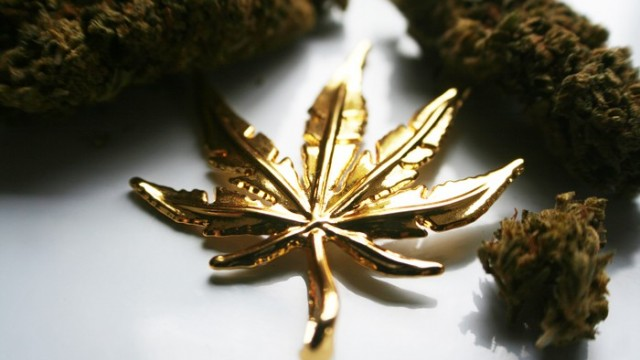 2 Top Canadian Marijuana Stocks For Your Watchlist In October