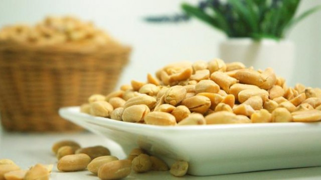 Analyst: DBV's Peanut Allergy Drug Could Outscore Aimmune's On Safety Front